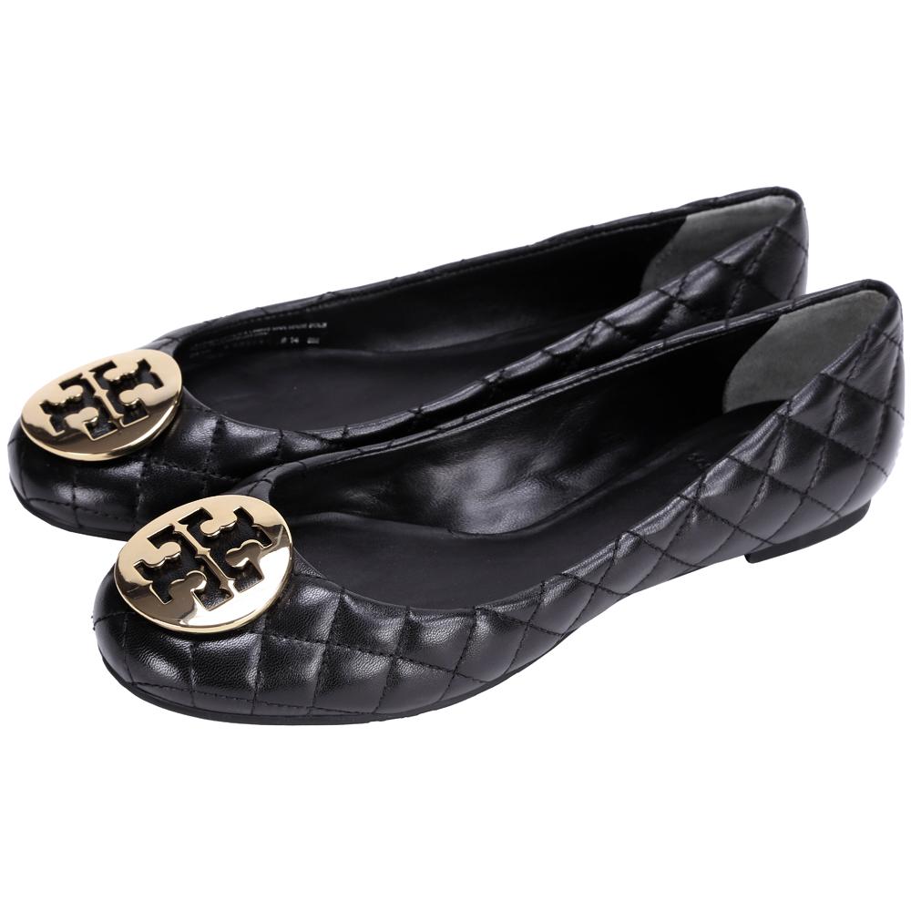 TORY BURCH QUINN 金屬盾牌飾菱格紋娃娃鞋(黑色)