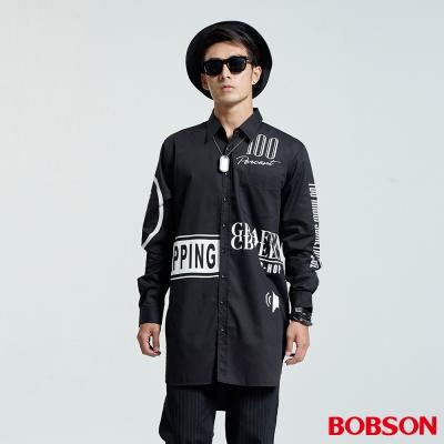 BOBSON  男款長型寬版印圖襯衫-黑色