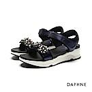 達芙妮DAPHNE 涼鞋-立體花飾金屬色一字厚底涼鞋-深藍