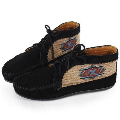 MINNETONKA 黑色麂皮刺繡莫卡辛 女短靴 (展示品)