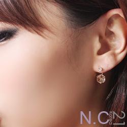 【N.C21】方塊晶鑚奢華感耳環 (金色)