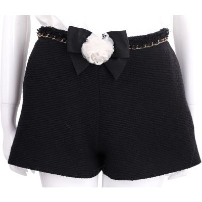 EDWARD ACHOUR PARIS 黑色蕾絲花飾腰鍊毛呢短褲