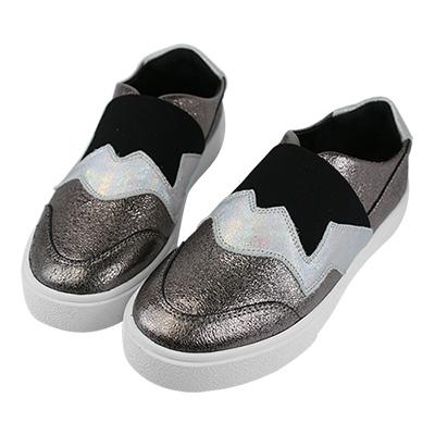 Robinlo & Co. 跨時空幾何視覺真皮平底休閒鞋 錫灰色