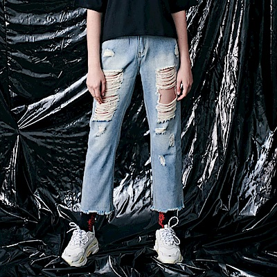 CACO-膝蓋大破洞牛仔褲-女【PST058】