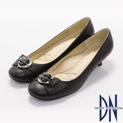 DN-優雅通勤-柔軟羊皮金屬飾扣低跟鞋-黑