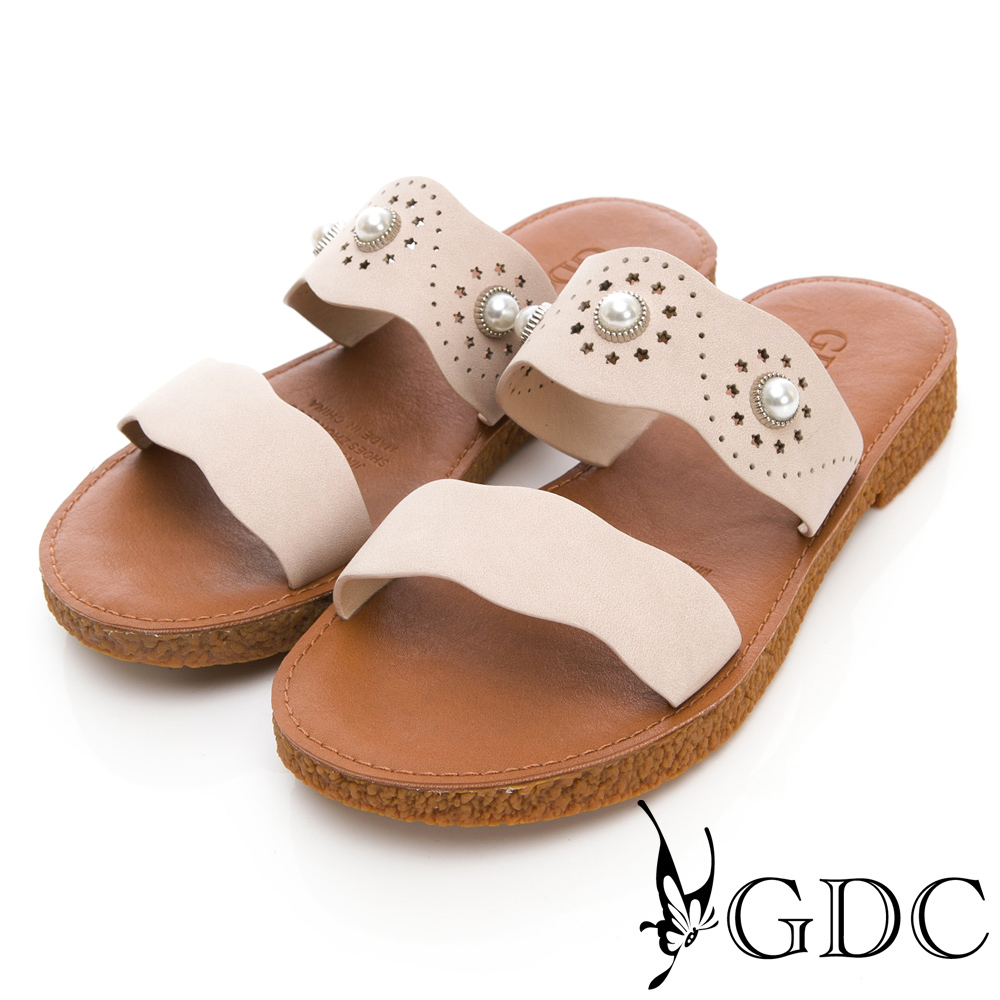 GDC-森林系珍珠雕花軟Q平底拖鞋-米色
