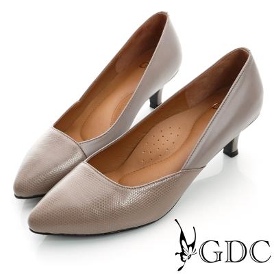 GDC都會-經典拼接尖頭真皮低跟鞋-紫色