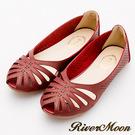 River&Moon涼鞋-異國皮革簍空洞洞露趾平底涼鞋-酒紅