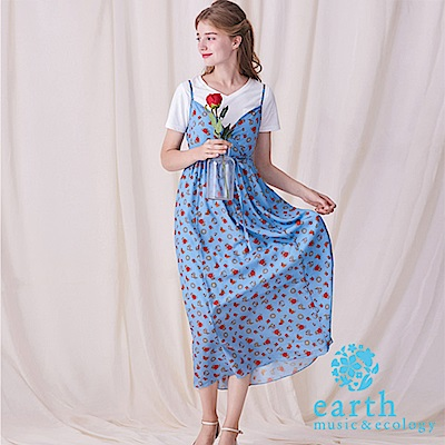 earth music 美女與野獸聯名款-V領滿版圖形鬆緊連身裙
