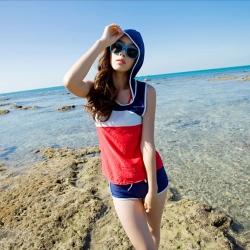 Biki比基尼妮泳衣,運動有帽四件套泳衣(M-XL)