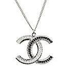 CHANEL 香奈兒經典雙C LOGO黑白水鑽造型鑲嵌墜飾項鍊(銀色)
