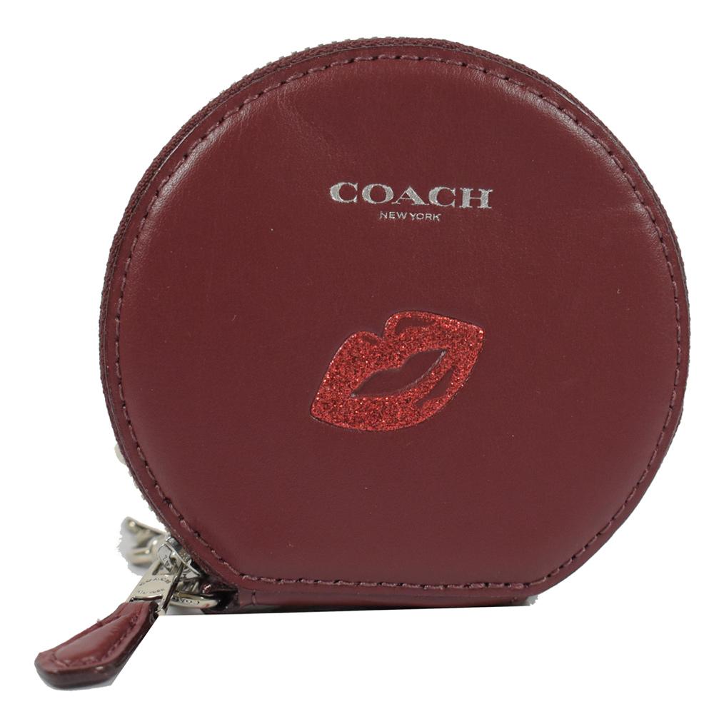 COACH 燙印LOGO趣味圖樣圓形造型零錢包(嘴唇/紅)