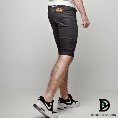 DITION-平價基本款鋼印皮革TS休閒短褲