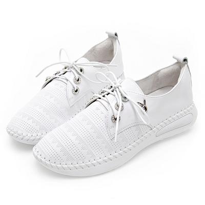 PLAYBOY都會休閒  水鑽鞋孔真皮綁帶休閒鞋-白