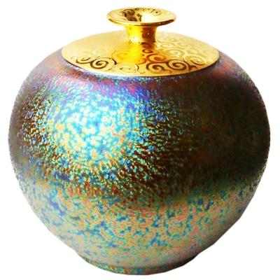 郭明本錳七彩結晶釉鎏金瓶(大圓球瓶)