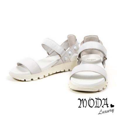 涼鞋 MODA Luxury 搖滾個性鉚釘一字羊皮厚底涼鞋-白