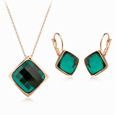 伊飾晶漾幾合翠綠方型水晶耳環項鍊組
