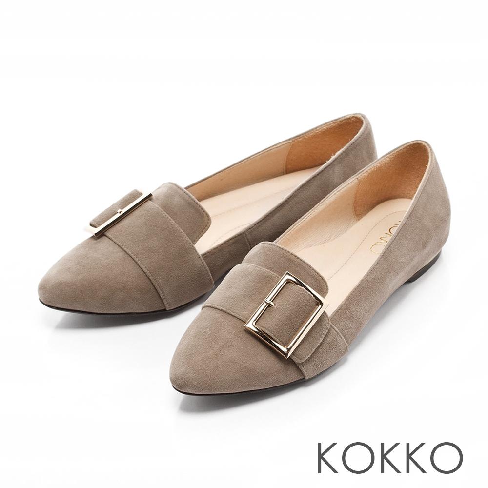 KOKKO-女紳時尚金屬方扣尖頭真皮平底鞋-奶茶灰