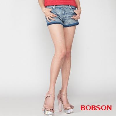 BOBSON 女款塗刷銀蔥牛仔短褲