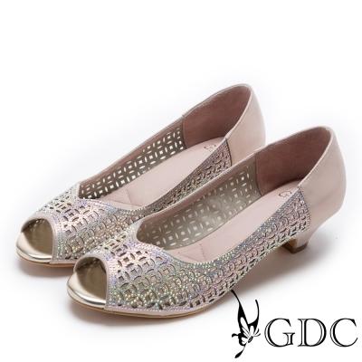 GDC-真皮前衛幾何雷射水鑽低跟魚口鞋-金色