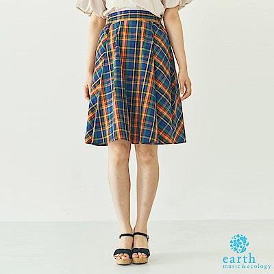 earth music 格紋配色及膝裙