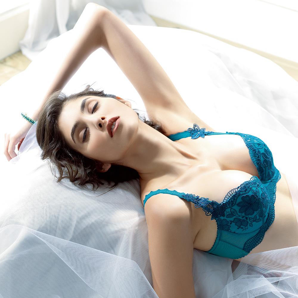 LADY 扶桑花羽系列 刺繡深線內衣 B-F罩(深靛藍)