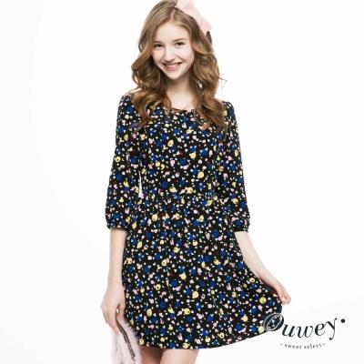 OUWEY歐薇-滿版趣味印花細褶洋裝-黑