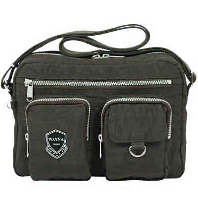 薇娜 WAYNA -多口袋防潑水休閒包 EV-8917-五色可選