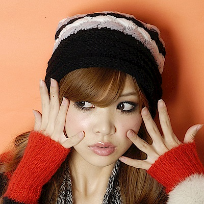 Aimee Toff 雙色百搭毛球造型針織毛帽(黑)