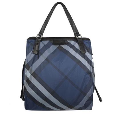 BURBERRY 經典斜格紋尼龍帆布束口大購物包.深藍