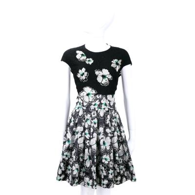 BLUGIRL 黑色蕾絲拼接繡花短袖洋裝