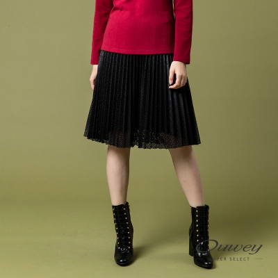 OUWEY歐薇 率性時尚壓褶仿皮裙(黑)