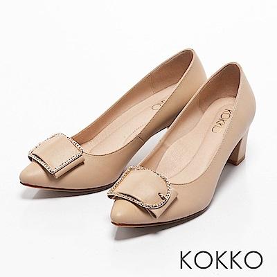 KOKKO -都會女神尖頭水鑽扣高跟鞋-透膚杏