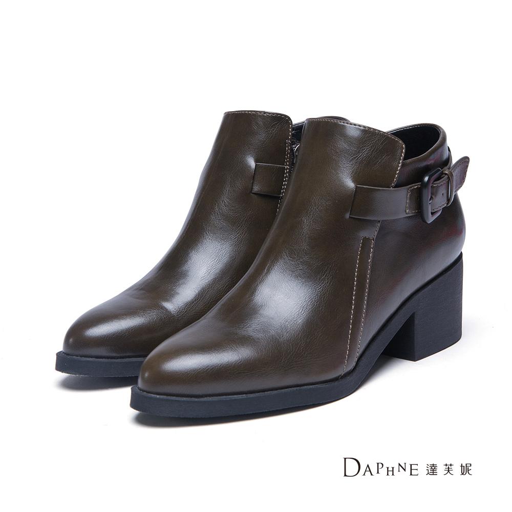 達芙妮DAPHNE 短靴-皮帶扣粗跟尖頭踝靴-橄欖綠8H