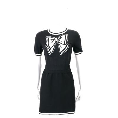 BOUTIQUE MOSCHINO 黑色蝴蝶結圖騰短袖針織洋裝