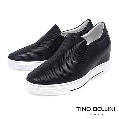 Tino Bellini 牛皮壓紋全真皮厚底休閒鞋_ 黑