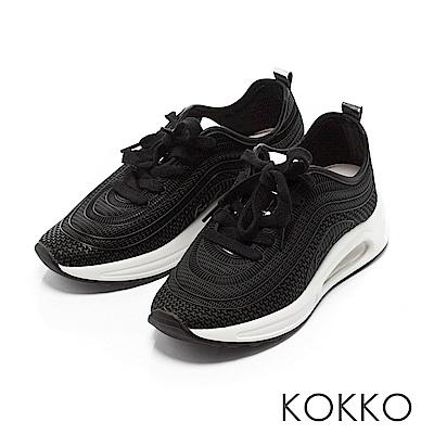 KOKKO - 運動風潮輕盈彈力休閒老爹鞋-經典黑