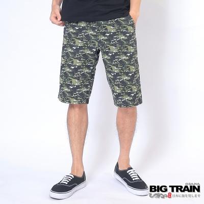 BIG TRAIN 抽繩迷彩五分褲-男-綠底迷彩