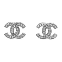 CHANEL 香奈兒經典雙C LOGO 水鑽鑲嵌滾邊壓紋穿式耳環(銀)