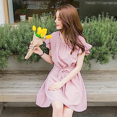 前襟打褶荷葉袖縮腰綁帶質感純色洋裝-OB大尺碼