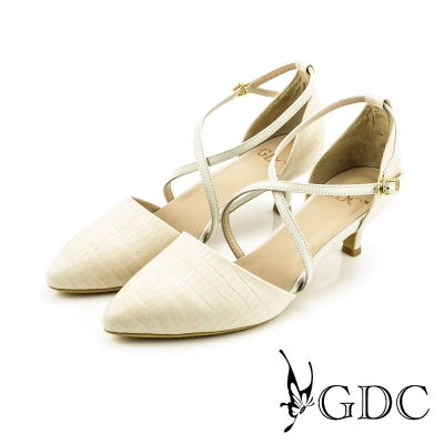 GDC-都會時尚鱷魚紋交叉雙繞側扣帶真皮尖頭低跟鞋-米杏色