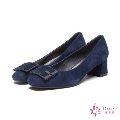 達芙妮DAPHNE-高跟鞋-全真皮麂皮方型釦飾粗跟