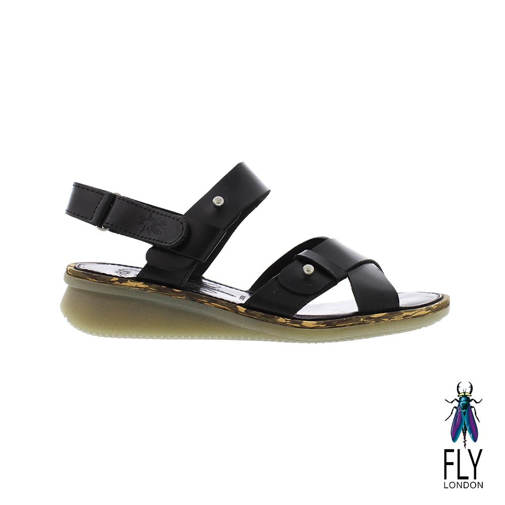 Fly London(女)  我行我素 牛皮大交叉平底涼鞋- 獨立黑