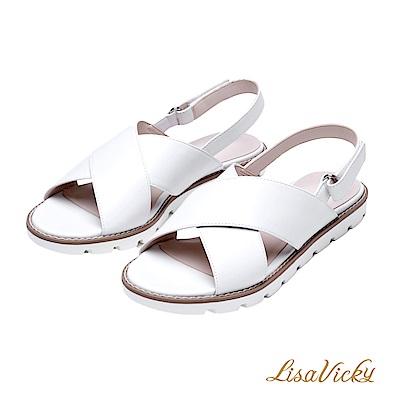 LisaVicky極輕腳型修飾交叉寬帶設計平底涼鞋-白色