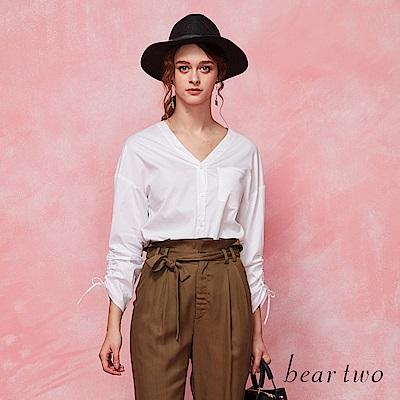 beartwo 開襟V領落肩上衣(二色)