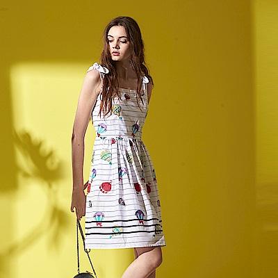 ICHE 衣哲 時尚微甜線條印花蝴蝶結肩帶造型洋裝-白