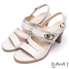 DIANA 都會時尚—異材質拼接寬版層次線條粗跟涼鞋 – 米