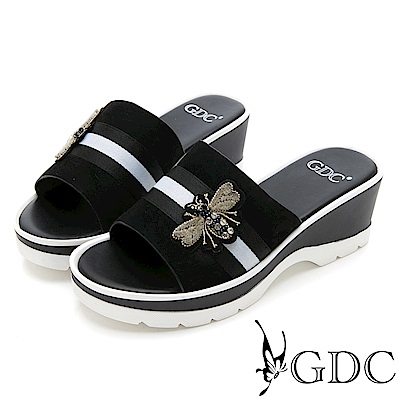 GDC-牛皮經典蜜蜂扣飾楔型拖鞋-黑色