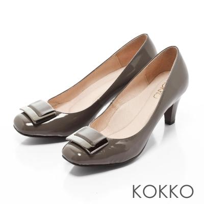 KOKKO-女紳金屬扣方頭真皮高跟鞋-質感灰