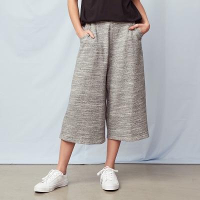 緞彩素款寬長褲-兩色-CACO